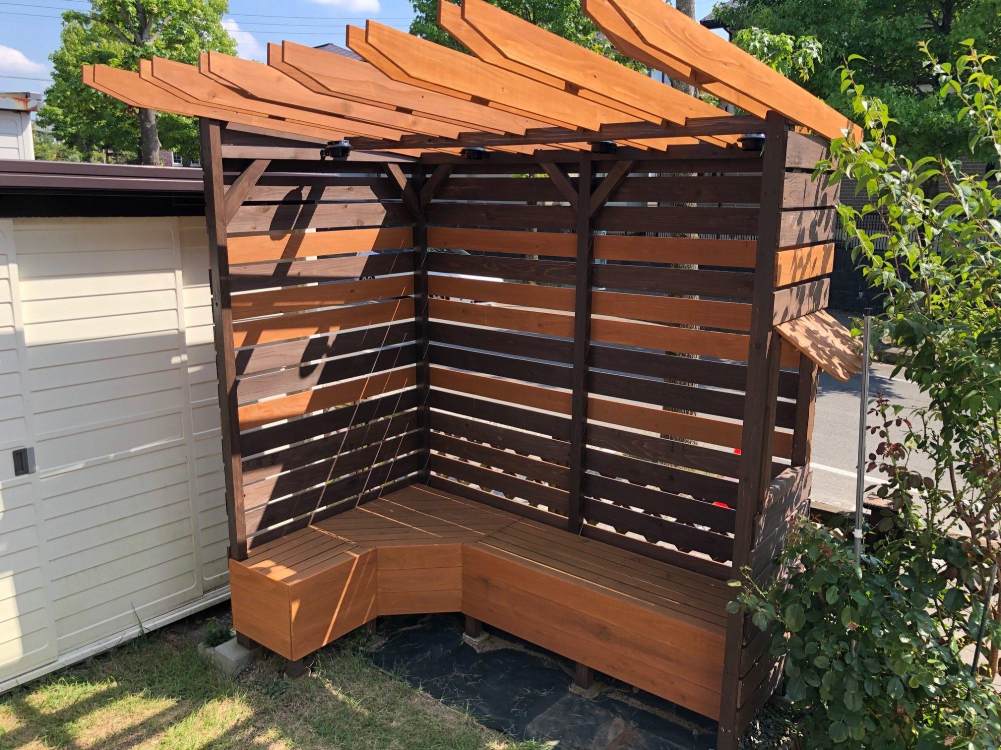 Diy パーゴラ パーゴラを基礎から屋根までDIY!庭におしゃれ空間ができた
